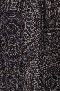 Jenny (zoom on fabric)